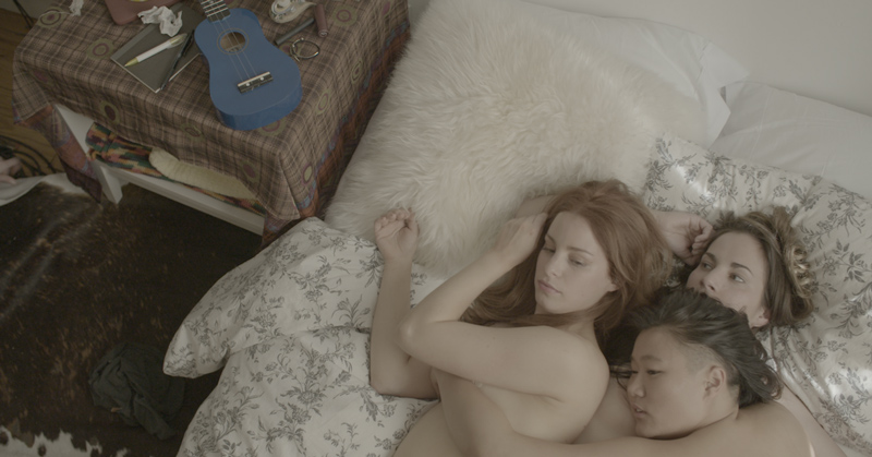 lesbo-threesome-unicornland webserie