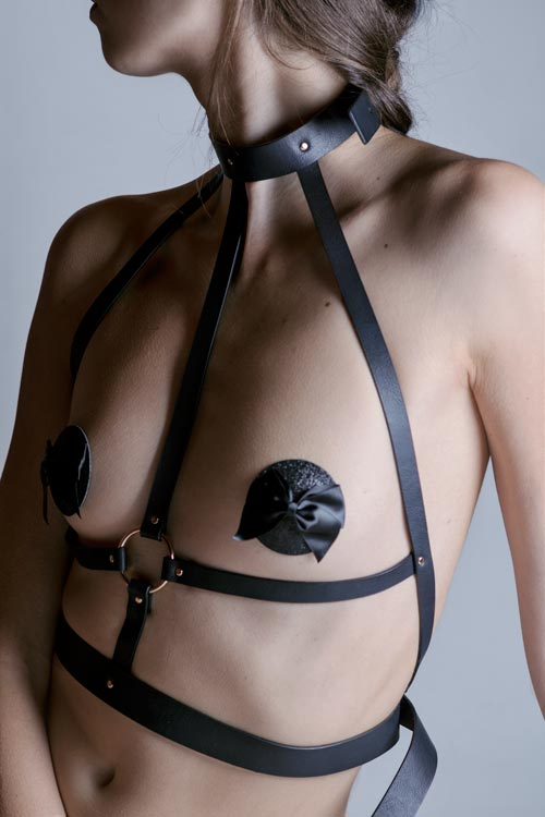 close-up harness copricapezzoli Bijoux Indiscrets