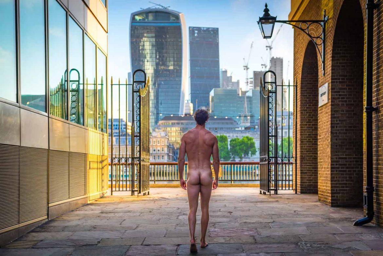 Alondra Naked thenakedprofessor-nudo-a-londra-per-anorgasmia - le sex en rose